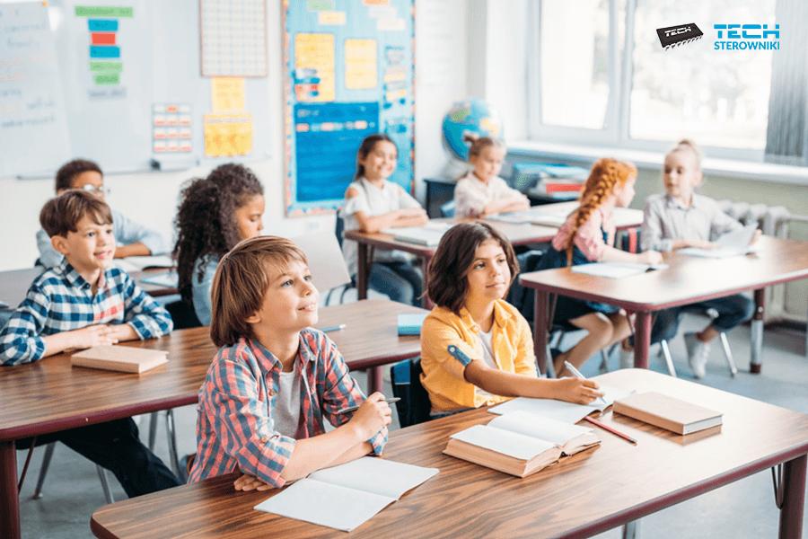 Ogrzewanie szkół i uczelni – jak osiągnąć komfort cieplny i zredukować koszty